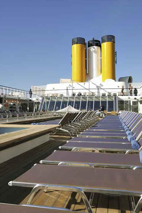 How Many Decks On A Cruise Ship   Fitbudha.com